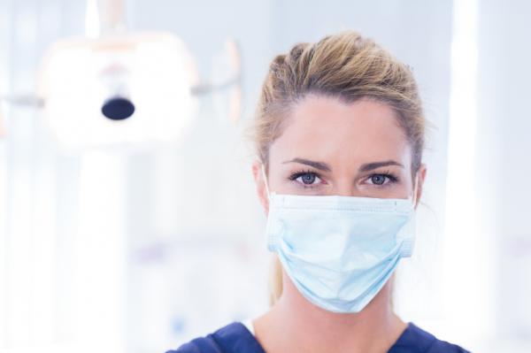 Síntomas y tratamiento de la colitis ulcerosa - Tratamiento quirúrgico para la colitis ulcerosa