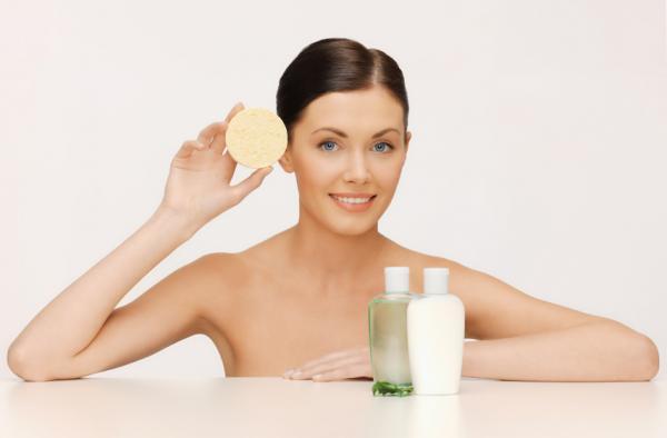 Cómo aclarar el cuello oscuro rápido - tratamientos muy efectivos - Exfolia la piel del cuello