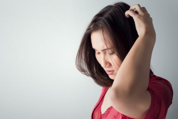 Síntomas y tratamiento de la hidrocefalia - Síntomas de la hidrocefalia en adultos y personas mayores