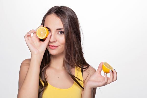 Jugo de limón y perejil para adelgazar - muy efectivo - Propiedades del limón para adelgazar