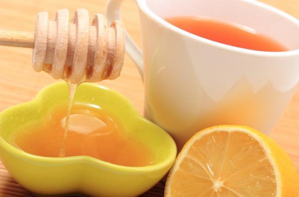 Jugo de limón y perejil para adelgazar - muy efectivo - Perejil, limón y miel, ideal para perder peso
