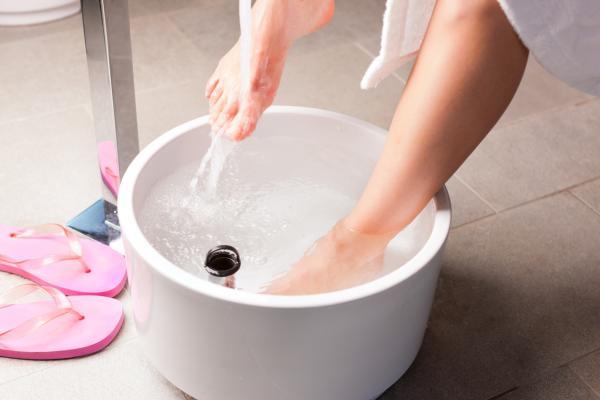 Cómo quitar los hongos de las uñas con bicarbonato - muy efectivo - Cómo quitar los hongos de las uñas de los pies con bicarbonato y vinagre