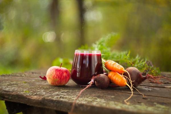 Jugos de remolacha para bajar de peso - muy adelgazantes - Jugo de remolacha, zanahoria y manzana para adelgazar
