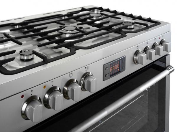 Inducción, vitrocerámica o gas: ¿qué es mejor? - Ventajas e inconvenientes de las cocinas de gas