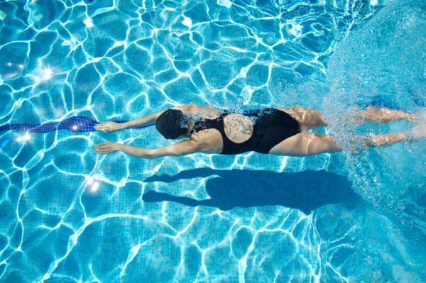 Qué deporte puedo hacer si tengo hernia inguinal - conoce la respuesta - Natación para la hernia inguinal