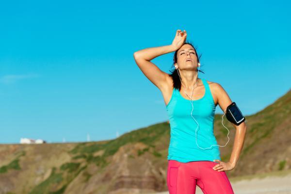 Por qué bostezo al hacer ejercicio - Causas médicas de bostezas mucho haciendo ejercicio