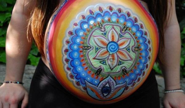 Body painting en las barrigas de las embarazadas - imágenes e ideas - Body painting para embarazadas, un recuerdo artístico de esta etapa