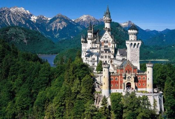 Cuál es el castillo más hermoso de Alemania - descúbrelo aquí - El Castillo de Neuschwanstein, inspiración para 'La bella durmiente' de Disney