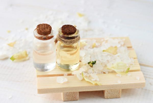 Cómo hacer cremas para masajes relajantes - las mejores recetas - Cómo preparar crema casera para masajes con aceites esenciales