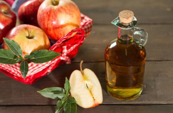 Cremas caseras para las varices y arañitas - ¡remedios caseros efectivos! - Crema de vinagre de manzana, aloe vera y zanahoria, ¡remedio casero muy efectivo!