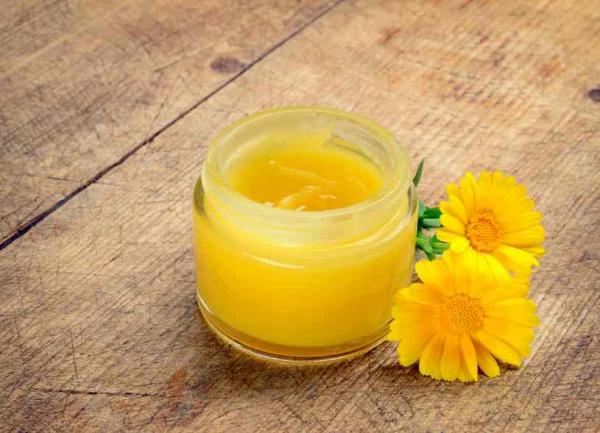 Cremas caseras para las varices y arañitas - ¡remedios caseros efectivos! - Crema de caléndula casera para combatir las varices y arañitas