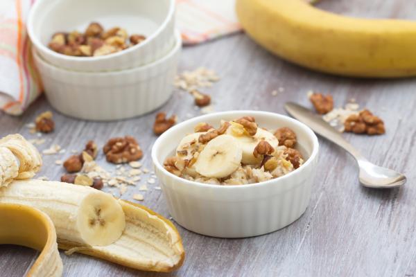 Cómo preparar la avena para bajar el colesterol - ¡recetas efectivas! - Porridge de avena con frutas