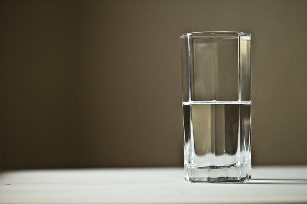 Cómo hacer agua alcalina en casa - Para qué sirve el agua alcalina y cuáles son sus beneficios