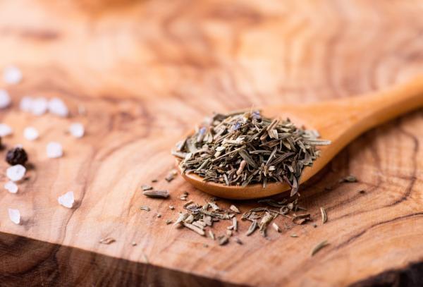 Cómo preparar té de tomillo para la tos - Propiedades del tomillo para la tos