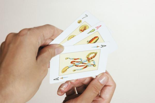 Juegos de cartas españolas fáciles
