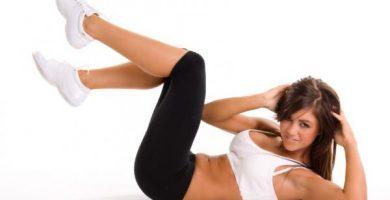 Los 5 ejercicios abdominales más efectivos para hacer en casa