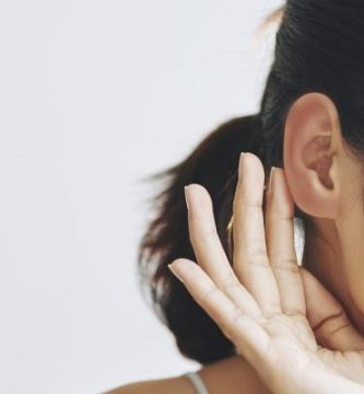 Por qué se me calientan las orejas