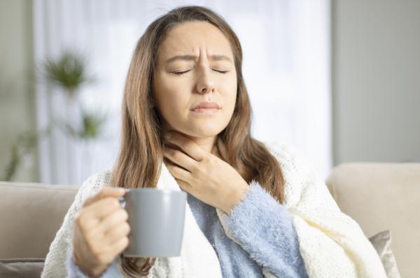 Qué son las placas en la garganta y cómo curarlas