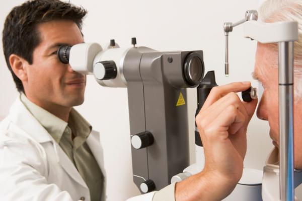 Por qué siento pinchazos en el ojo - Diagnóstico y pruebas médicas