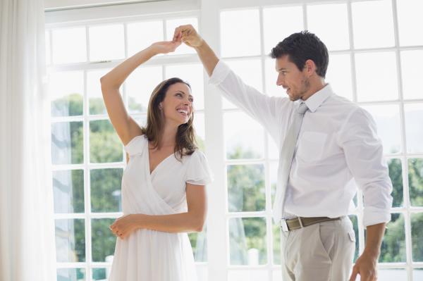 Cómo tener una vida activa y saludable - Baila al menos una vez al día