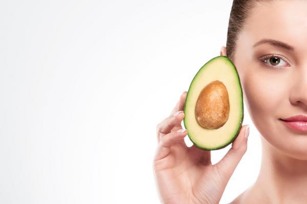 Cómo hacer una mascarilla nutritiva para el pelo - Paso 1