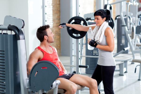 Ejercicios para sacar músculos en los brazos - Entrena todo tu cuerpo para conseguir buenos resultados
