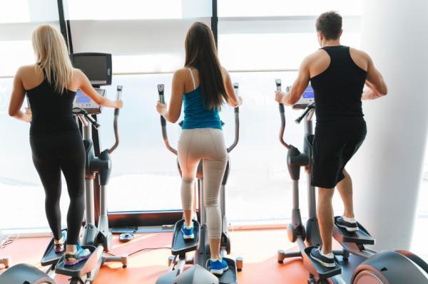 Cómo adelgazar los hombros anchos - Ejercicios para adelgazar brazos, espalda y hombros