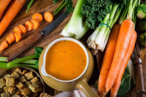 6 consejos para hacer dieta y adelgazar - Desayuno completo, cena ligera