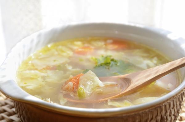 Cómo hacer sopa depurativa de repollo - Receta de sopa depurativa de repollo