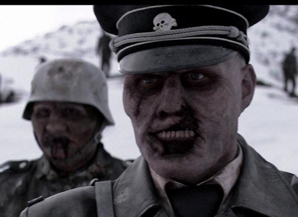 Los mejores disfraces de zombies para Halloween - Disfraz de soldado zombie