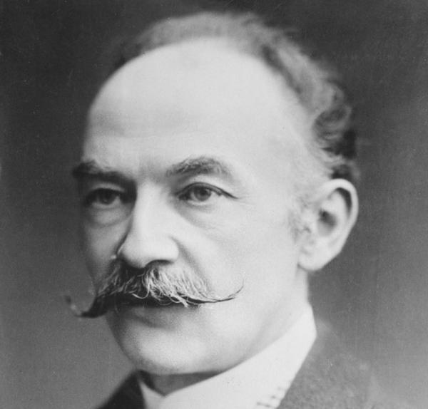 10 tipos de bigote según el rostro - El bigote revolucionario