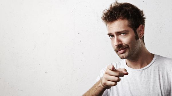 10 tipos de bigote según el rostro - El bigote lápiz