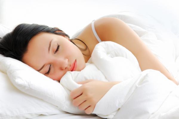 Cómo dormir con tortícolis - Paso 1