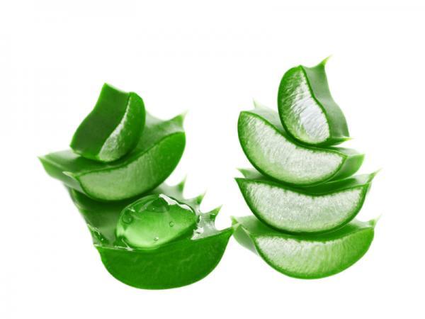 Remedios caseros para dar volumen al pelo - Mascarilla de aloe vera para el pelo