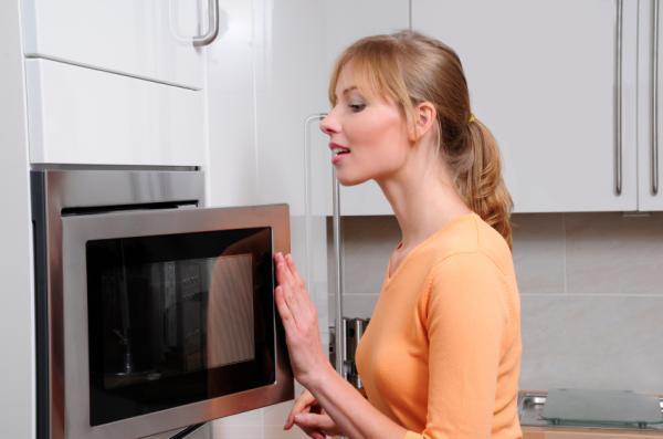 Cómo cocer patatas en el microondas - Paso 5