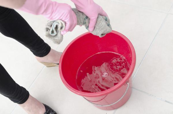Cómo quitar pintura del aluminio - Paso 2