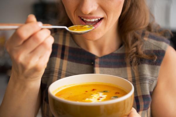 Cuál es la función del estómago - Almacenar la comida que ingerimos