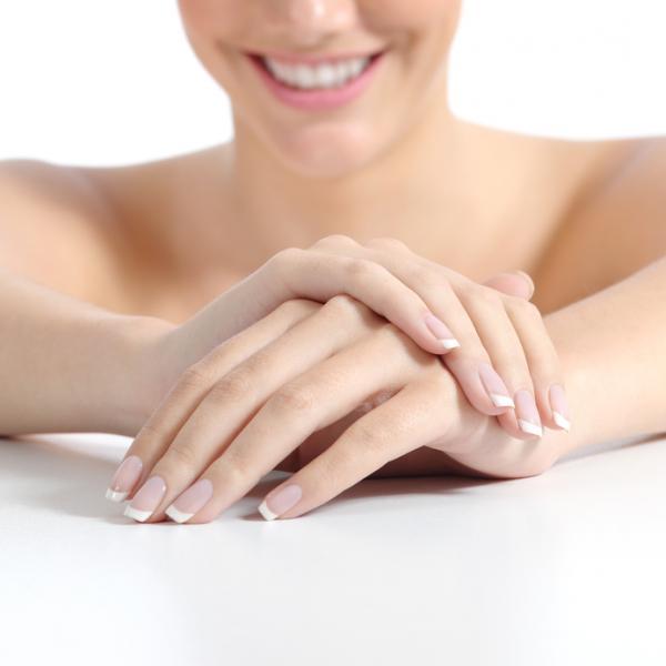 Cómo tener las uñas más duras - Hábitos a evitar para tener uñas más duras