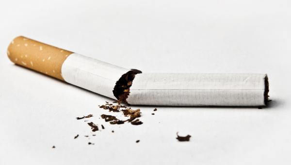 ¿Dejar de fumar engorda? - ¿Es cierto que se engorda al dejar de fumar?