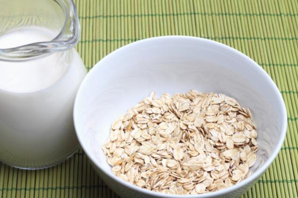 Mascarillas para las manos arrugadas - Mascarilla de avena, yogur y limón para eliminar manchas de la edad