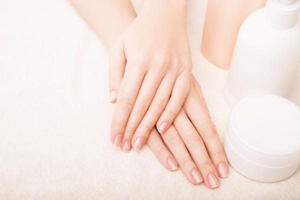 Mascarillas para las manos arrugadas - Aceite de oliva o leche para nutrir tus manos