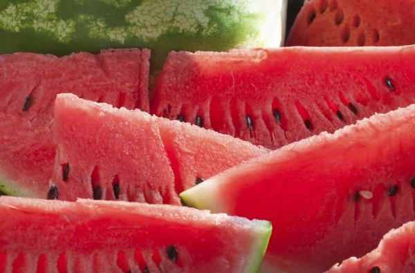 Alimentos para tener un vientre plano - Comer sandía para adelgazar