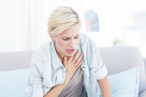8 síntomas que pueden indicar problemas de corazón - Dificultades para respirar