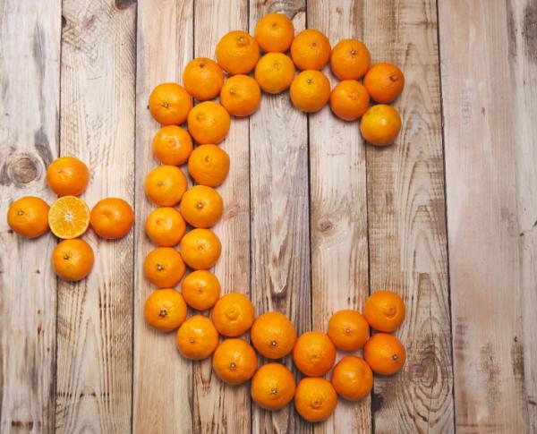 Cómo aplicar vitamina C en el rostro - Beneficios de la vitamina C sobre la piel