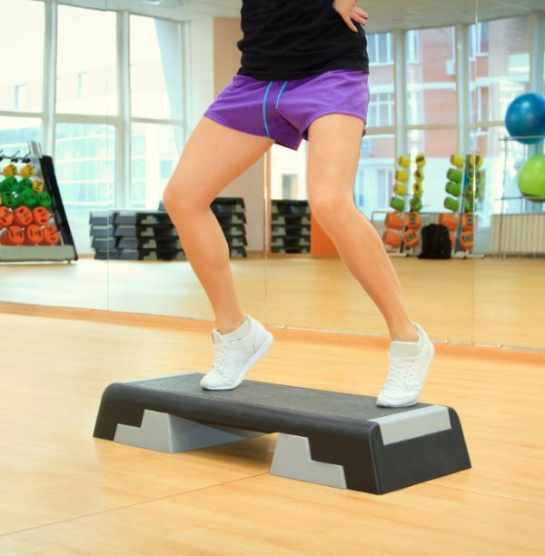 Cómo reducir las piernas gruesas - Tonifícate subiendo escaleras