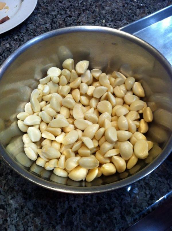 Cómo hacer manteca de ajo asado - Paso 1