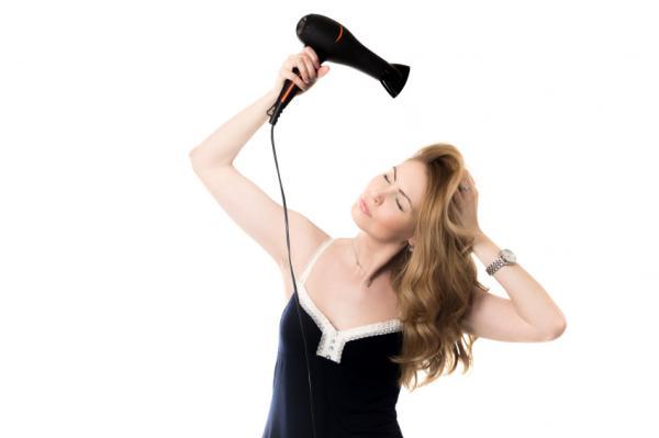 Cómo reparar el cabello quemado - Paso 5
